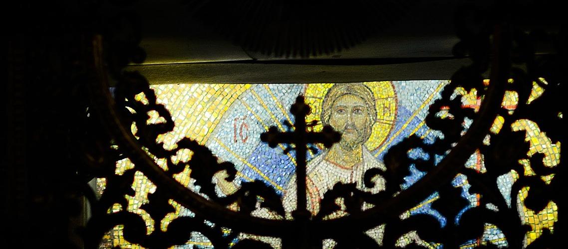 Архиепископ Амвросий совершил парастас в Покровском академическом храме